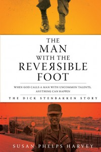MAN WITH THE REVERSIBLE FOOT,BARGAIN,9780828027533